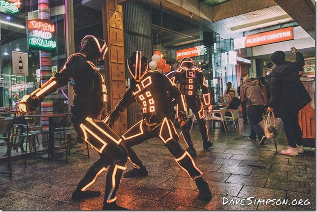 160804_Robotic Light Dancers_05